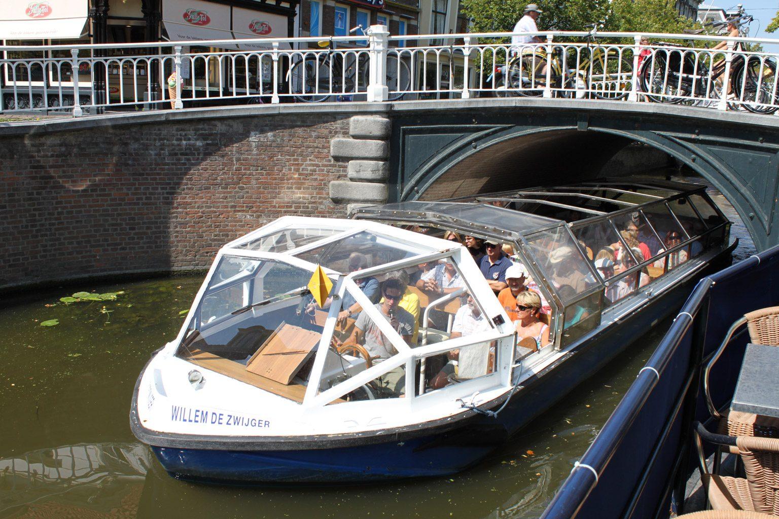 Canal tour & Dinner